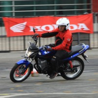 Spesifikasi: Honda Verza 150cc SW dan CW RESMI AHM (Jan-2013)